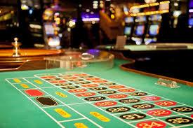 Blackjack Vs. Roulette Wheel- Which Casino Game Requires More Mathematics?