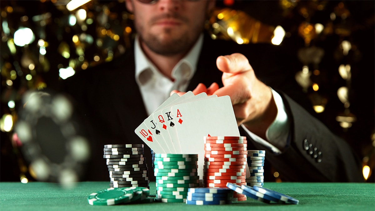 Easy Concepts For Utilizing Gambling To Obtain Onward Your Competitors